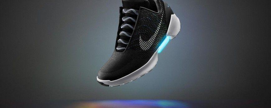 Retour vers le futur : Nike annonce un laçage automatique