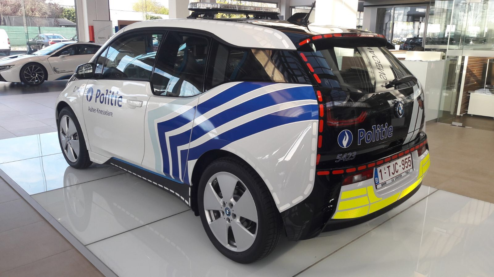 en belgique la police adopte la citadine lectrique bmw i3 voitures lectriques electrique. Black Bedroom Furniture Sets. Home Design Ideas