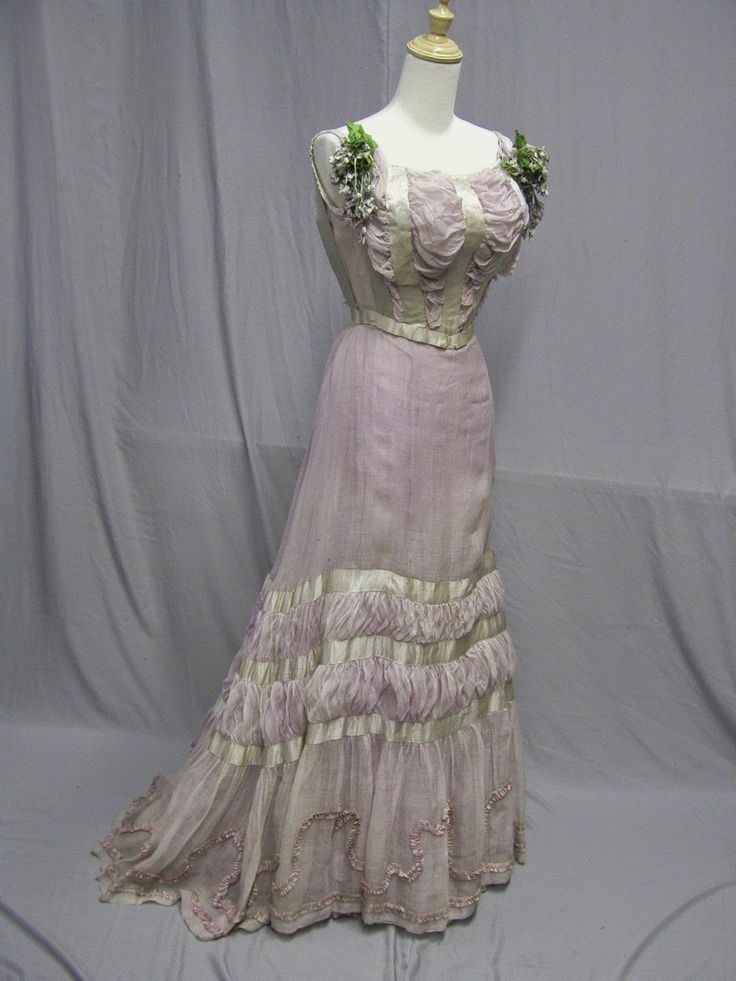 Jacques Doucet Traveling Day Suits | Lovely Lavender Gown of the Edwardian Era