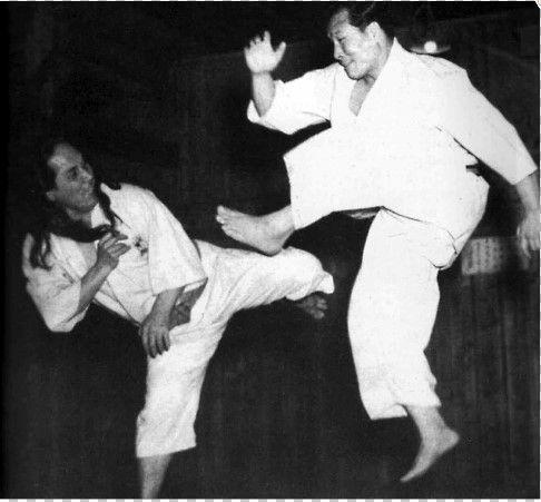 Mas Oyama Sosai And GogenYamaguchi Soke | Karate martial arts, Kyokushin  karate, Goju ryu karate