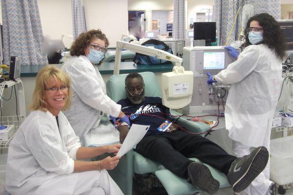 In Center Dialysis Nursing Jobs   DaVita Careers   Working