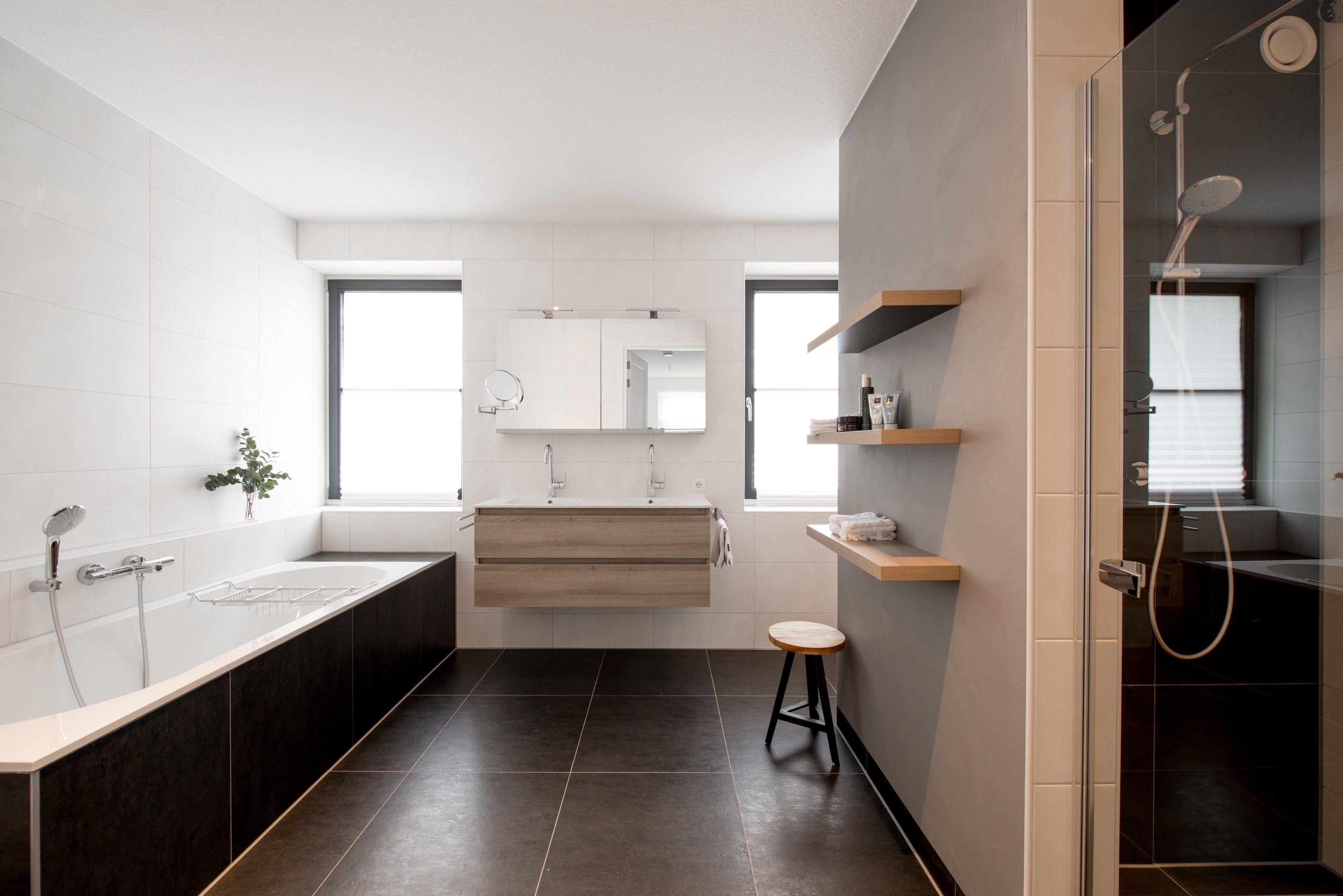 Een modern landelijke badkamer van middelkoop hier hebben we een