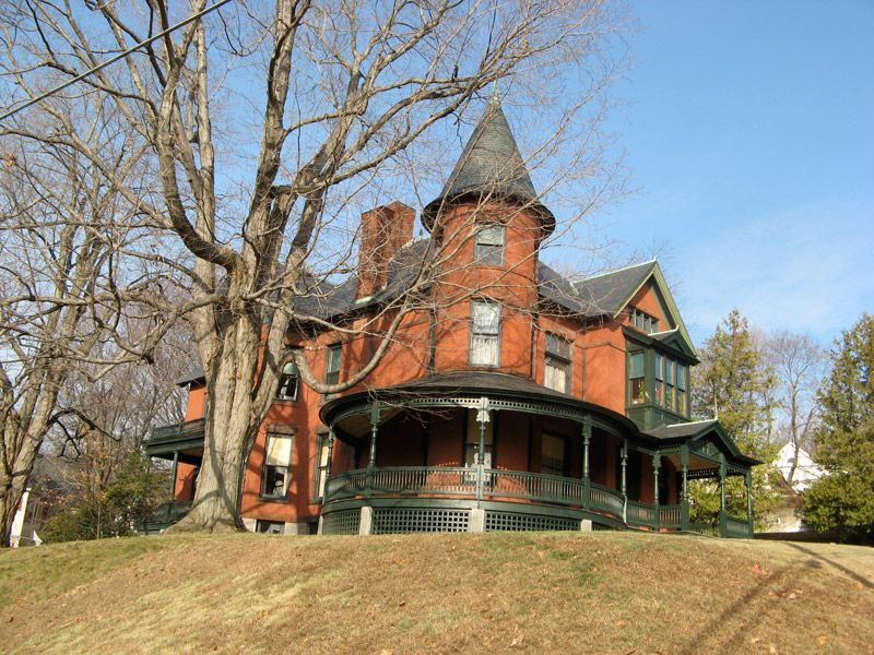 All Aboard Victorian houses for sale, Victorian homes