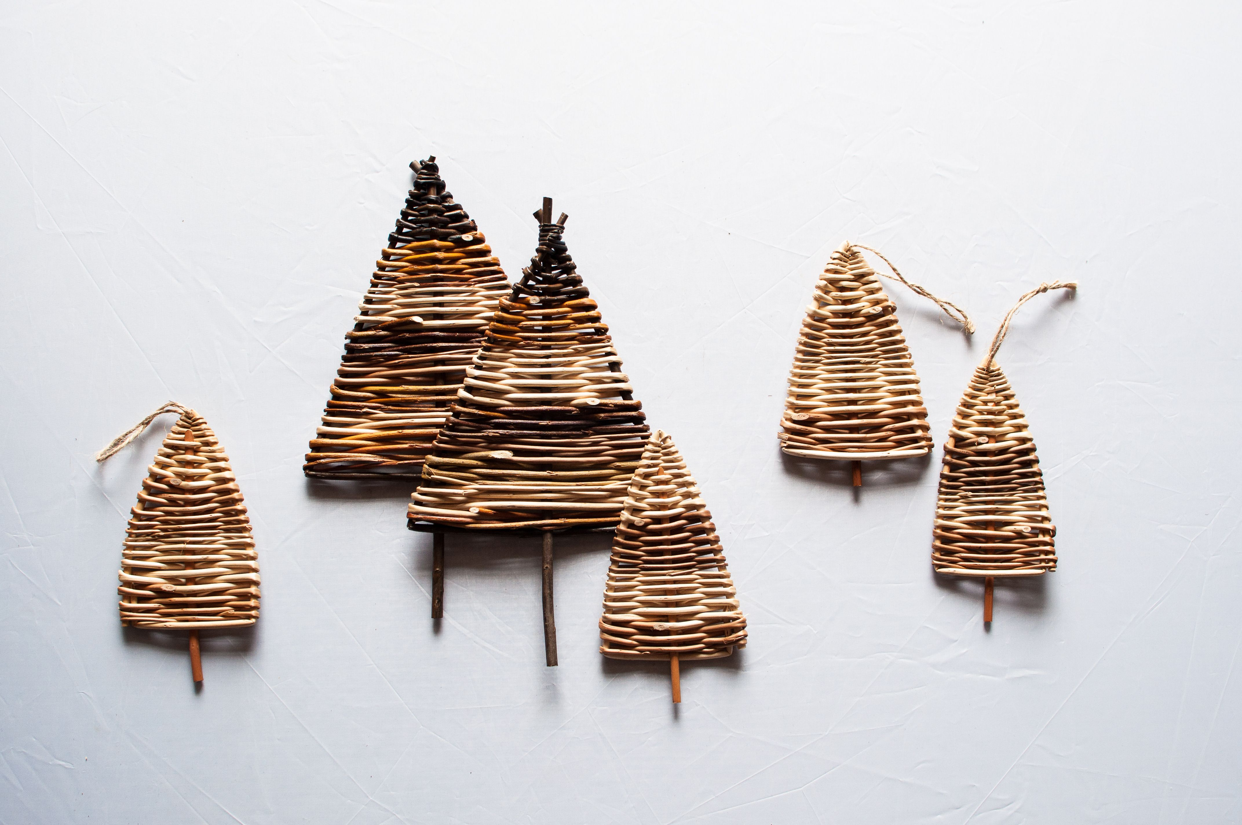 Simple Basket Weaving Willow : Christmas trees from twigs and willow easy to copy with