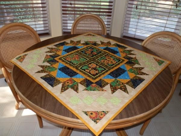 Lovely quilted wall hanging Double Floral Patch with Darting Birds from Creekside Quilts http://ow.ly/dYKGa on HA! #HAFshop