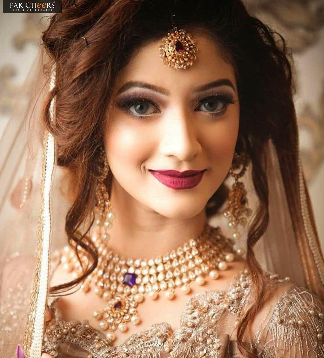 Dulhan Dulhan In 2019 Pakistani Bridal Hairstyles Pakistani Bridal Hairstyles Bridal Makeup Looks Indian Wedding Makeup