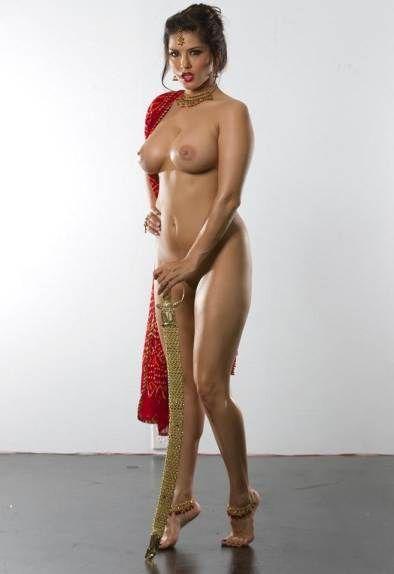 sunny leone naked in the dark porn pics gallery