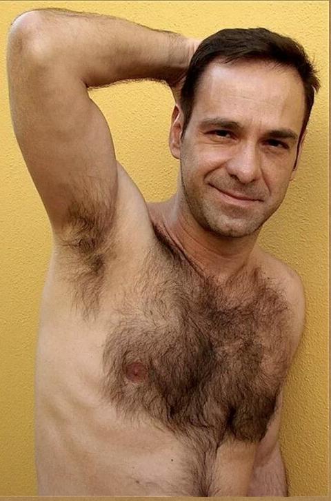 Straightheads nude clip