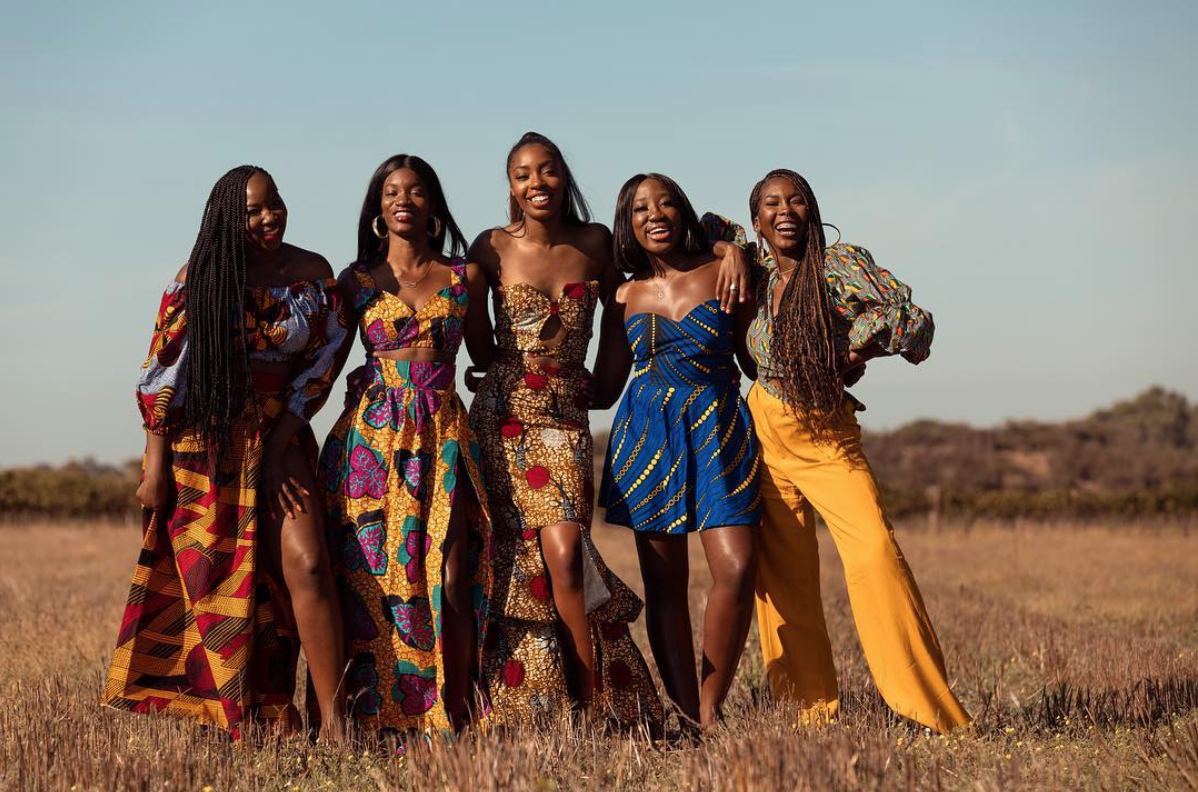 Photo of Black Travel Moment Of The Day: This Travel Squad Slayed Their Cape Town Photo Shoot