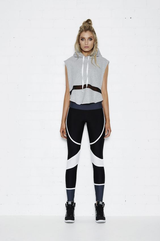 BRONX TOP – CROPPED HOODIE W/MESH PANEL The Bronx cropped hoodie is perfect  for