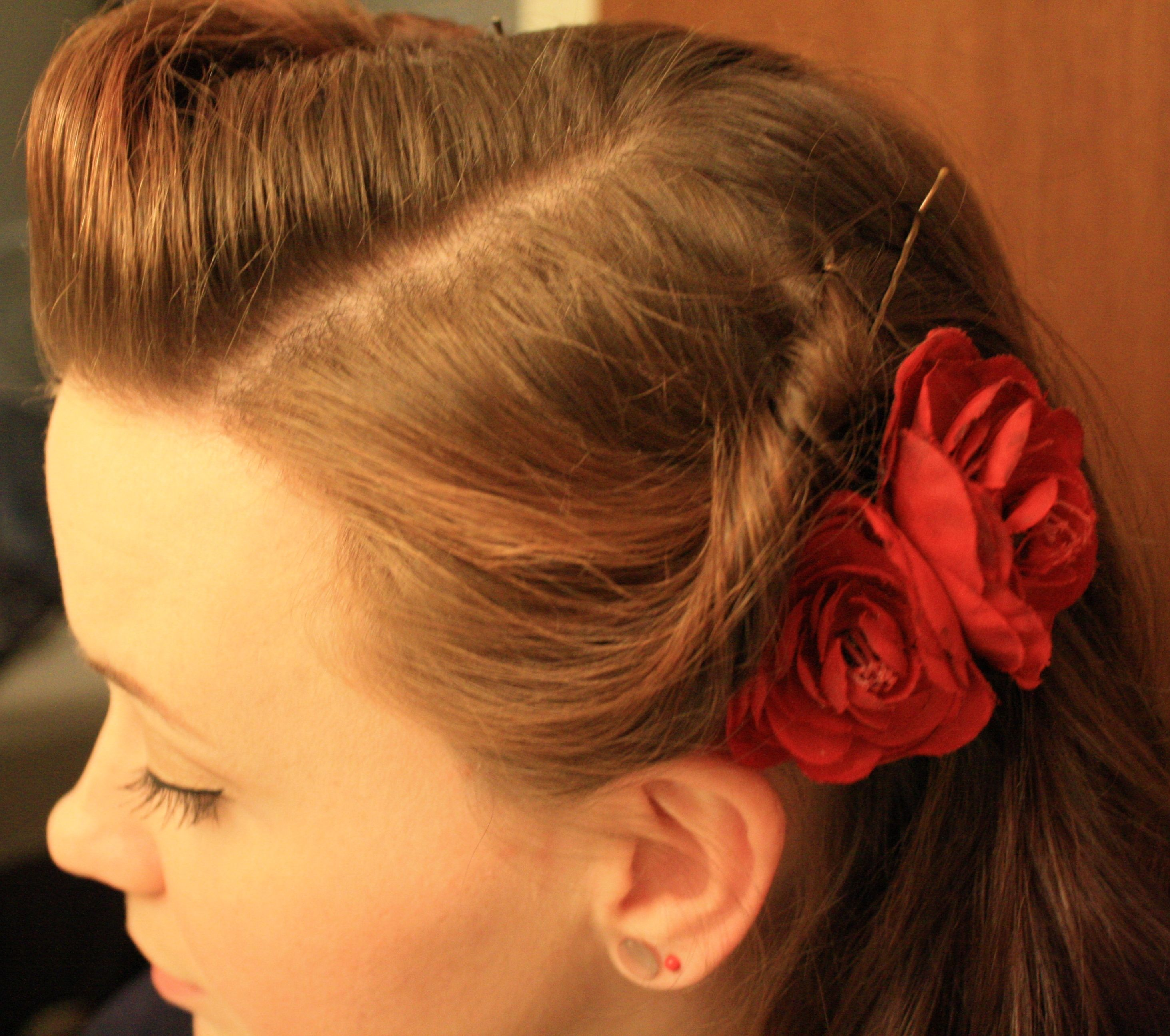 quick and easy retro hairstyle | retro hairstyles, vintage and