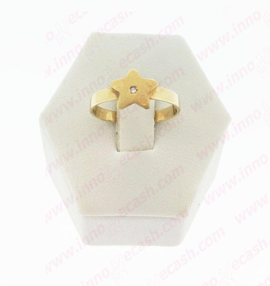Anillo de oro de 18 quilates de segunda mano con forma de estrella http