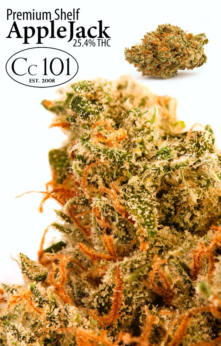 www.cc101sac.com - My new favorite of 2016. This strain is a cross between White Widow and Jack Herer. #420 #cannabis #marijuana #TrichomeLove