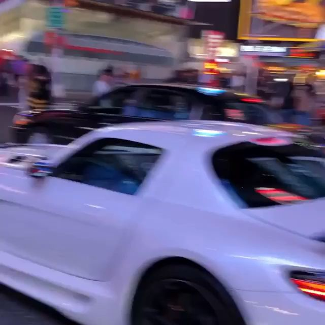 Photo of Bugatti and gtr in new york