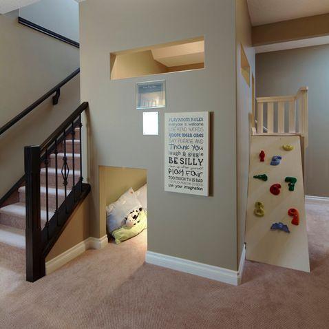 les 25 meilleures id es de la cat gorie salle de jeux sous l 39 escaliers sur pinterest sous les. Black Bedroom Furniture Sets. Home Design Ideas