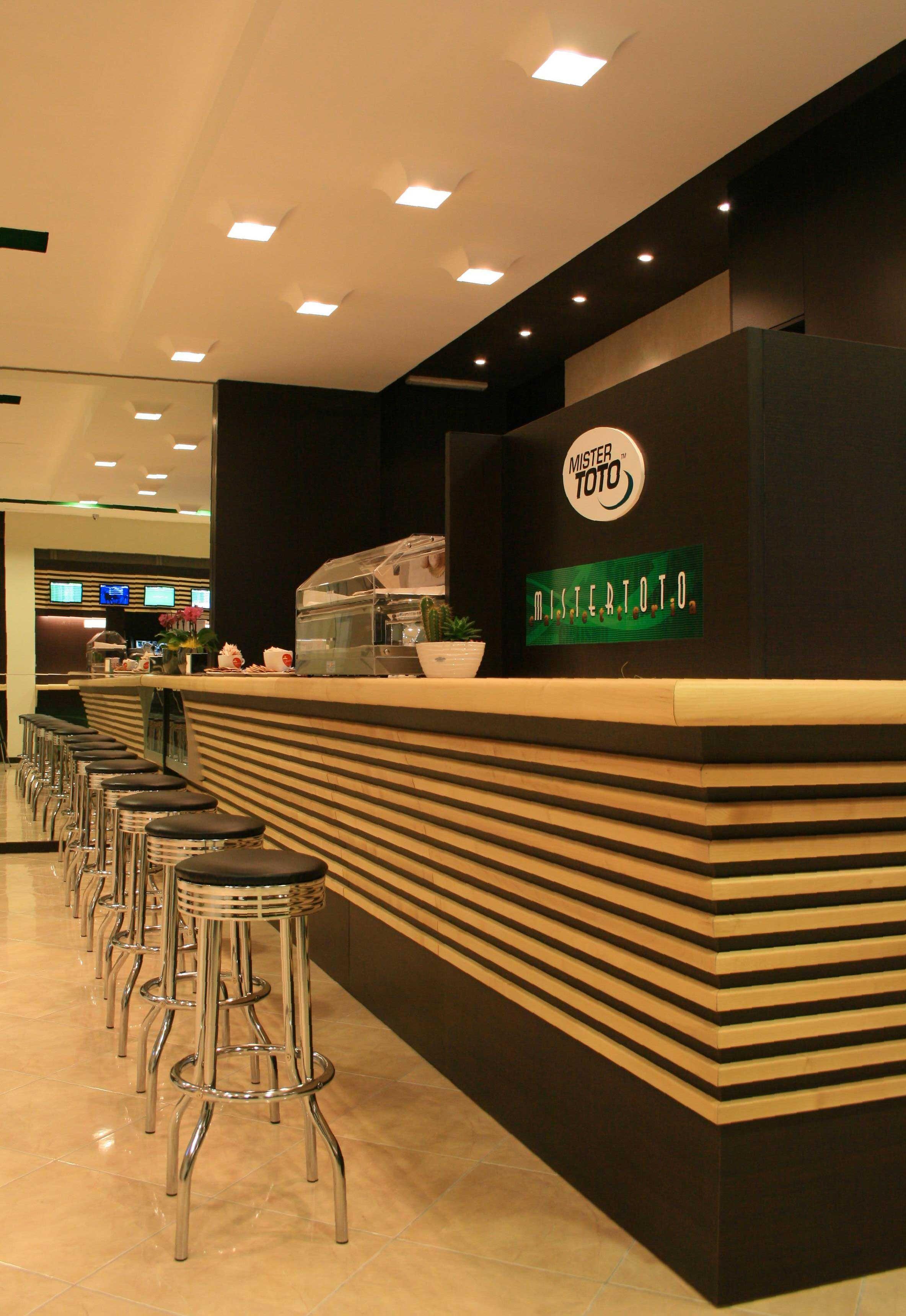 FLEXI Buzzi & Buzzi_ MisterToto, caffetteria Molfetta, Arch. Bafunno
