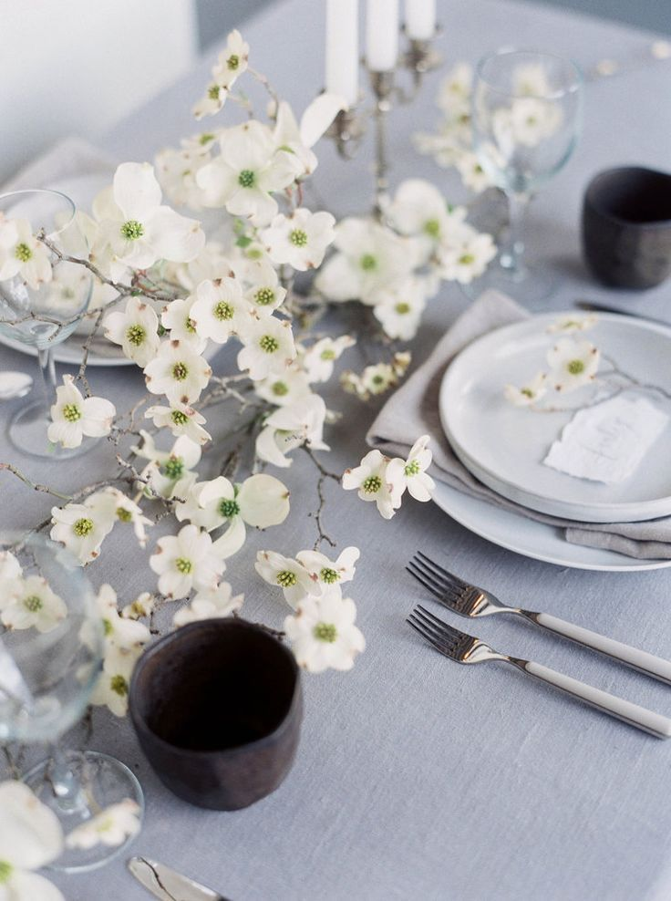 Available Approx October In The Nottingham Road Midlands Area In 2020 Wedding Floral Centerpieces Flower Centerpieces Wedding Spring Table Inspiration
