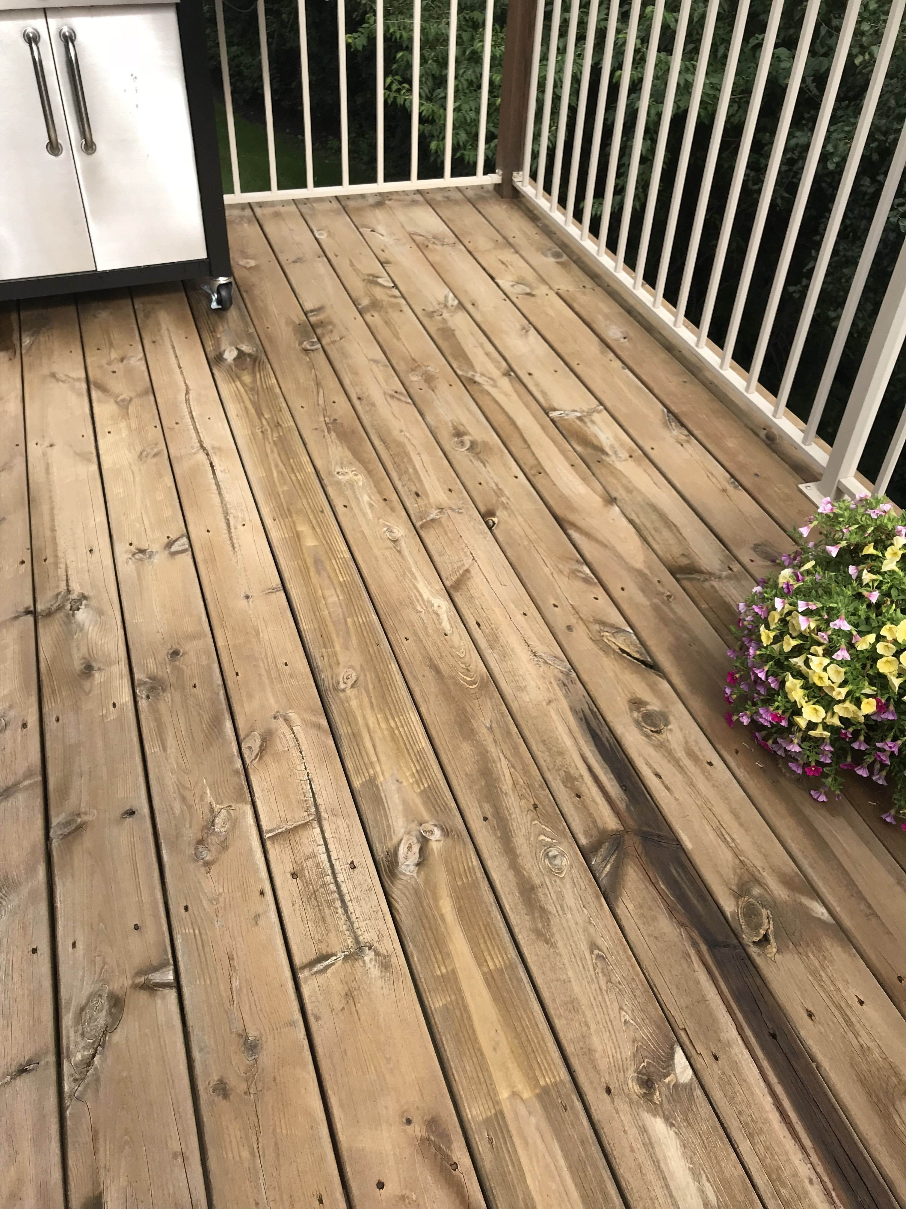 Giving New Life To Our Old Wood Deck Get The Look Deck Stain