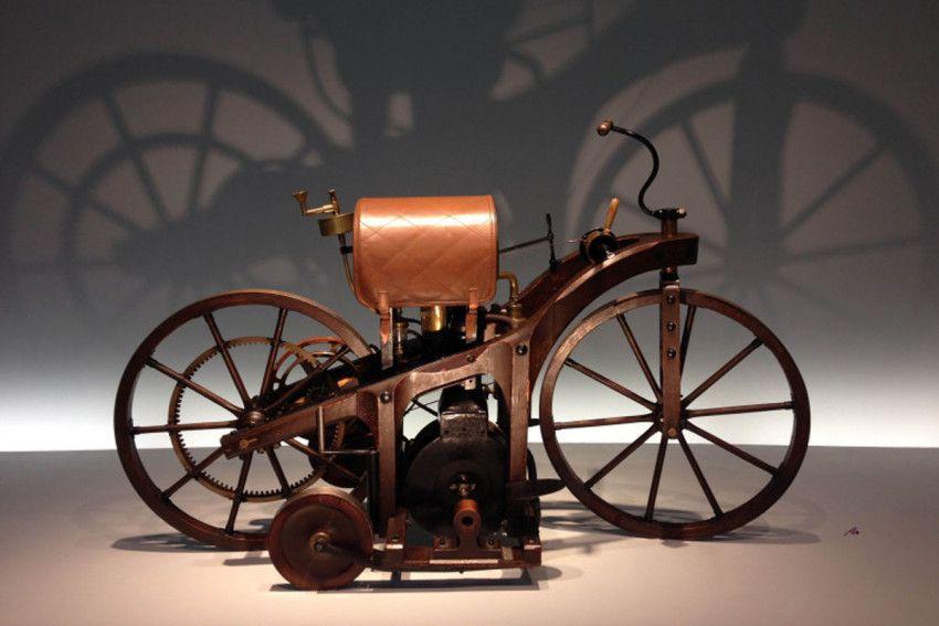 من هو مخترع الدراجة النارية Old Bikes Maybach Motorcycle