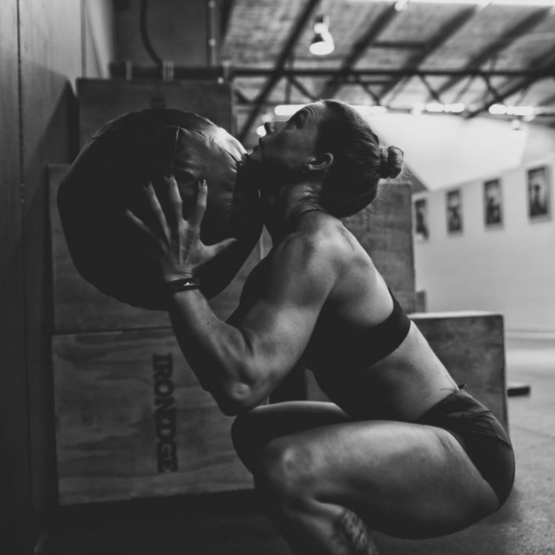 Woman Of Crossfit Sweat By Slimclip Case Fitness Inspiration Body Crossfit Women Fitness Photoshoot