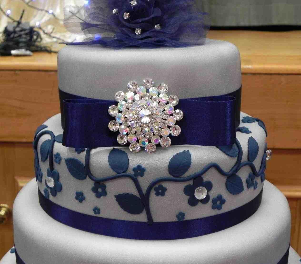 Navy blue and silver wedding cake weddings pinterest wedding