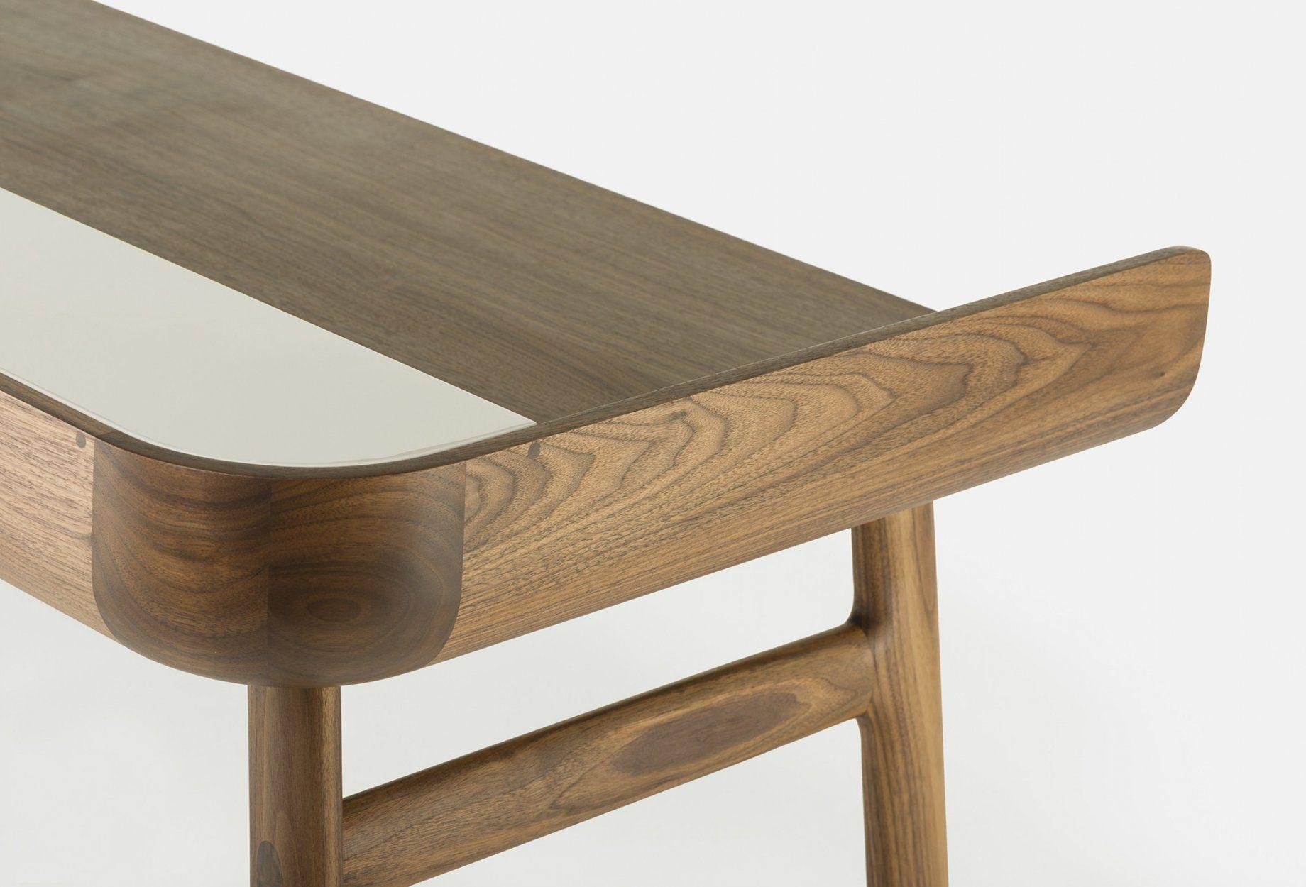Detail of harold desk by nichetto surface in bureau