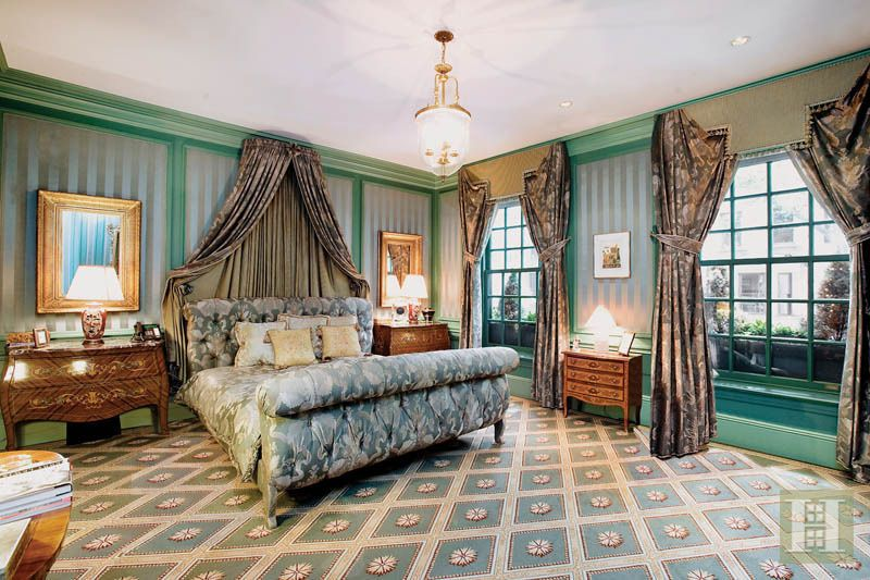 StreetEasy: 163 East 64th St. - Townhouse Sale in Lenox Hill, Manhattan #masterbedroom #bed #bedroom #dreamhome #dreamroom #luxuryhome #NYC #Manhattan #homedecor