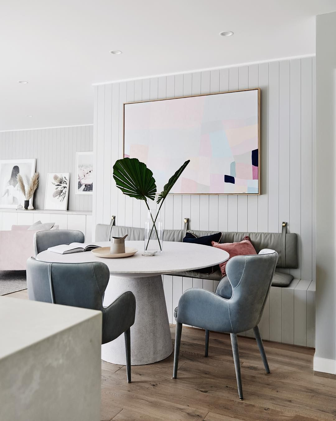 Pin By Caroline Guedes On Sala De Jantar In 2020 Dining Table With Bench Dining Room Bench Dining Room Design