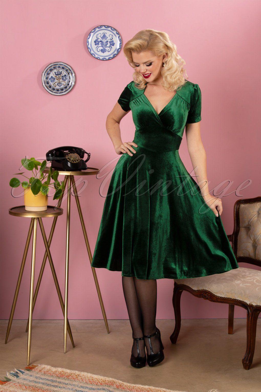50s Hollywood Circle Dress In Emerald Velvet Girl Green Dress Circle Dress Velvet Circle Skirt [ 1530 x 1020 Pixel ]