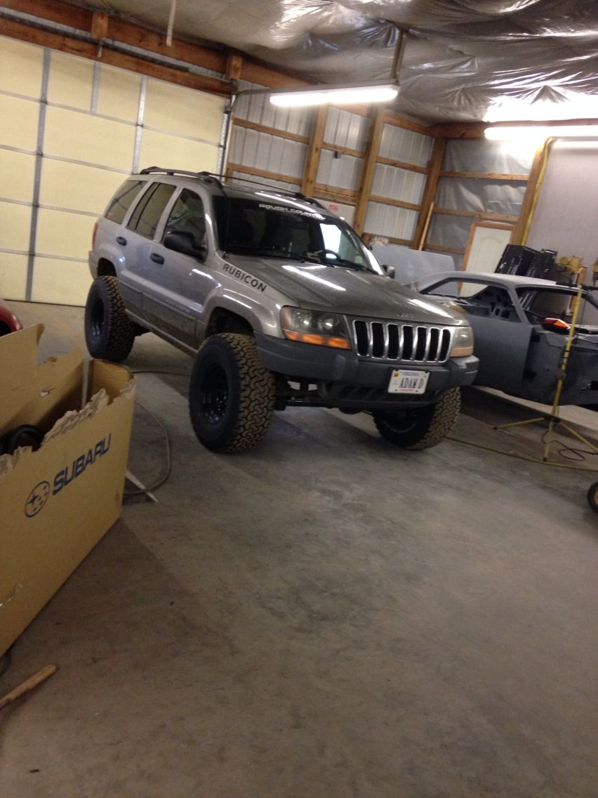 Lifted Grand Cherokee Wj On 33s Jeep Wj Jeep Suv Jeep Grand