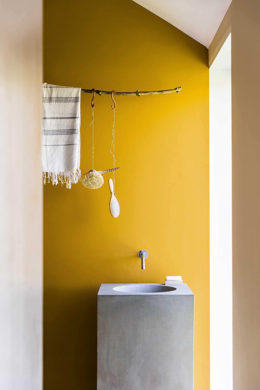 salle de bains evier beton jaune | salle de bain | Pinterest ...