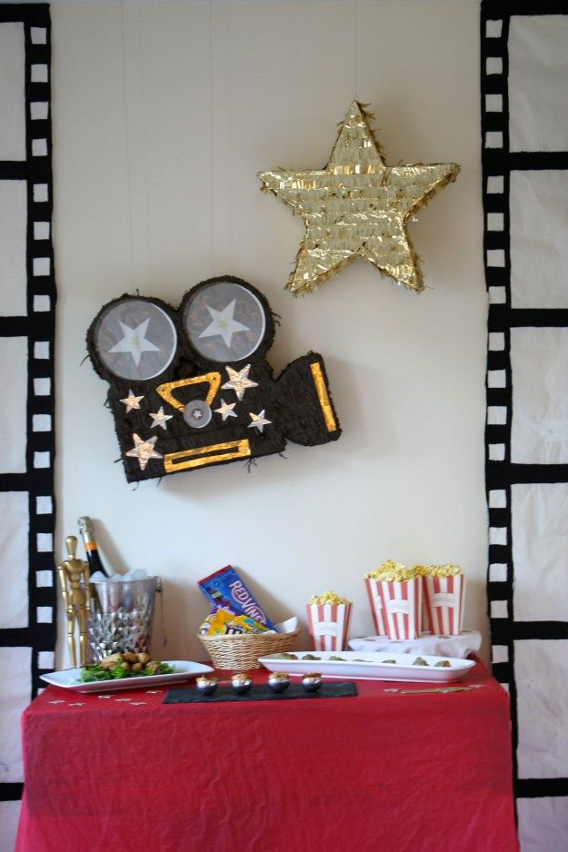 Oscar Themed Party Decoration Ideas Part - 33: Oscar Party Decorations - The Little Things DIY
