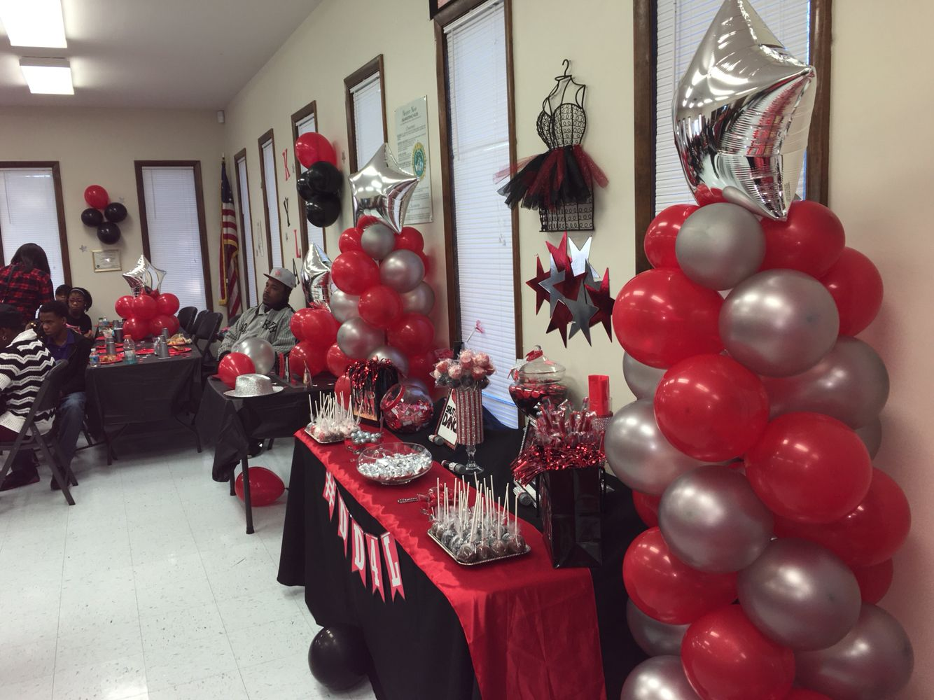 Ballooncolumns Dd4l Red Black Silver Silver Party
