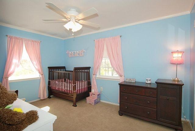 ideen babyzimmer deko mädchen massivholz möbel rosa gardinen ... | {Babyzimmer deko 90}