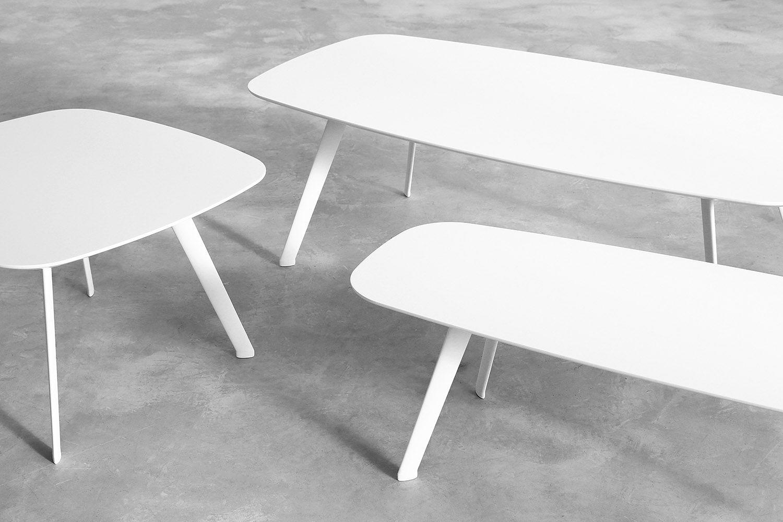 The stua solapa table collection now in all white a jon gasca design solapa www stua com design solapa