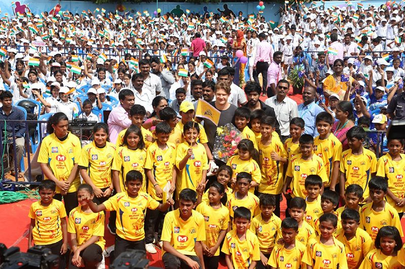 CSK STAR SHANE WATSON FELICITATED VELAMMAL'S SPORTS ACHIEVERS