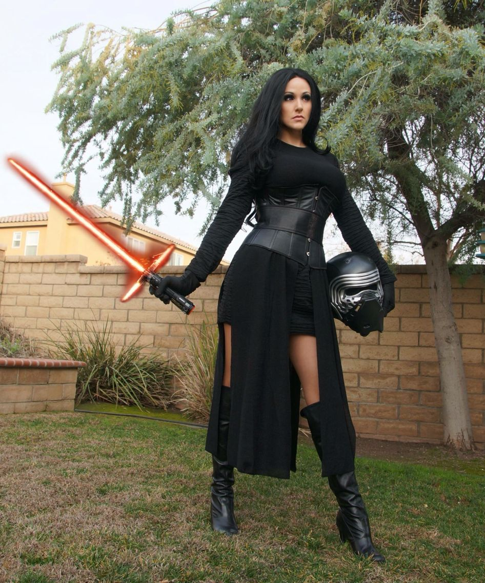 Angie Griffin as Kylo Ren  bc37b93a28601