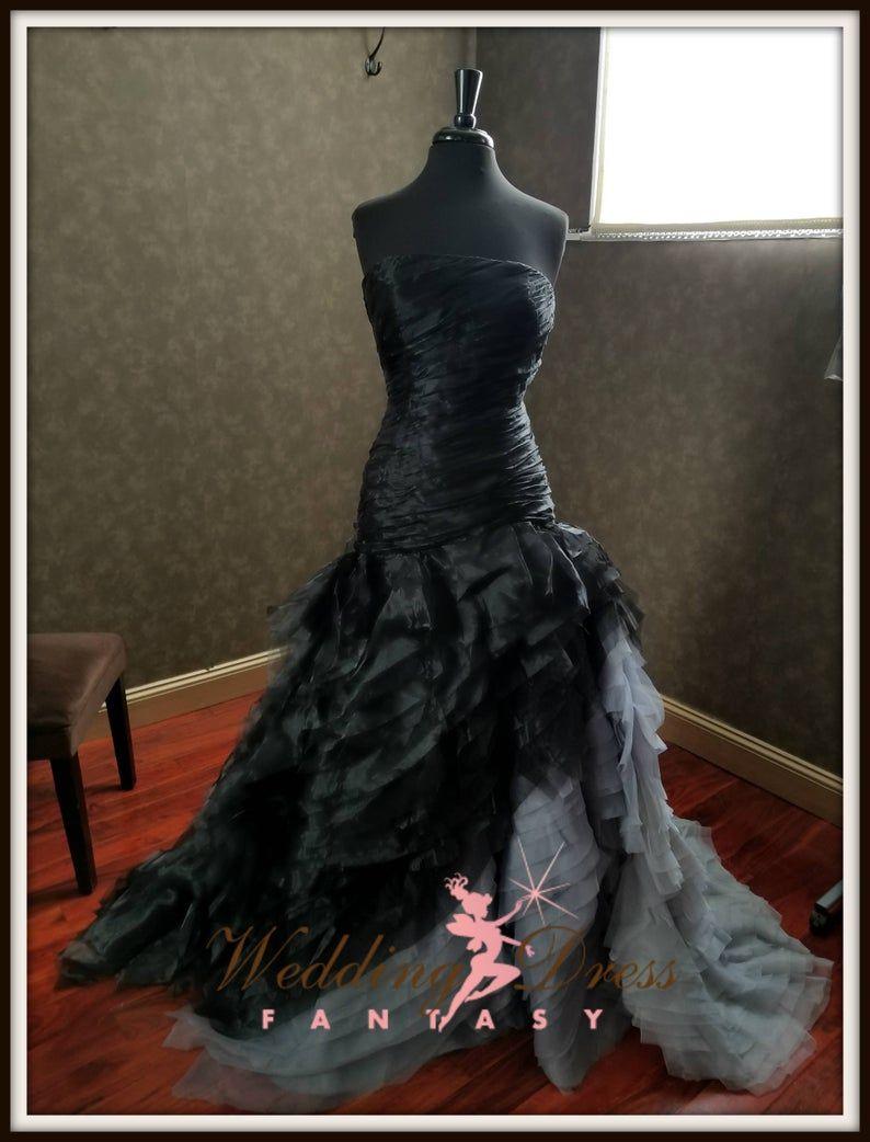 Black And Gray Wedding Dress Black And Gray Bridal Bridal Etsy In 2020 Grey Wedding Dress Wedding Dresses Unique Alternative Wedding Dresses [ 1042 x 794 Pixel ]