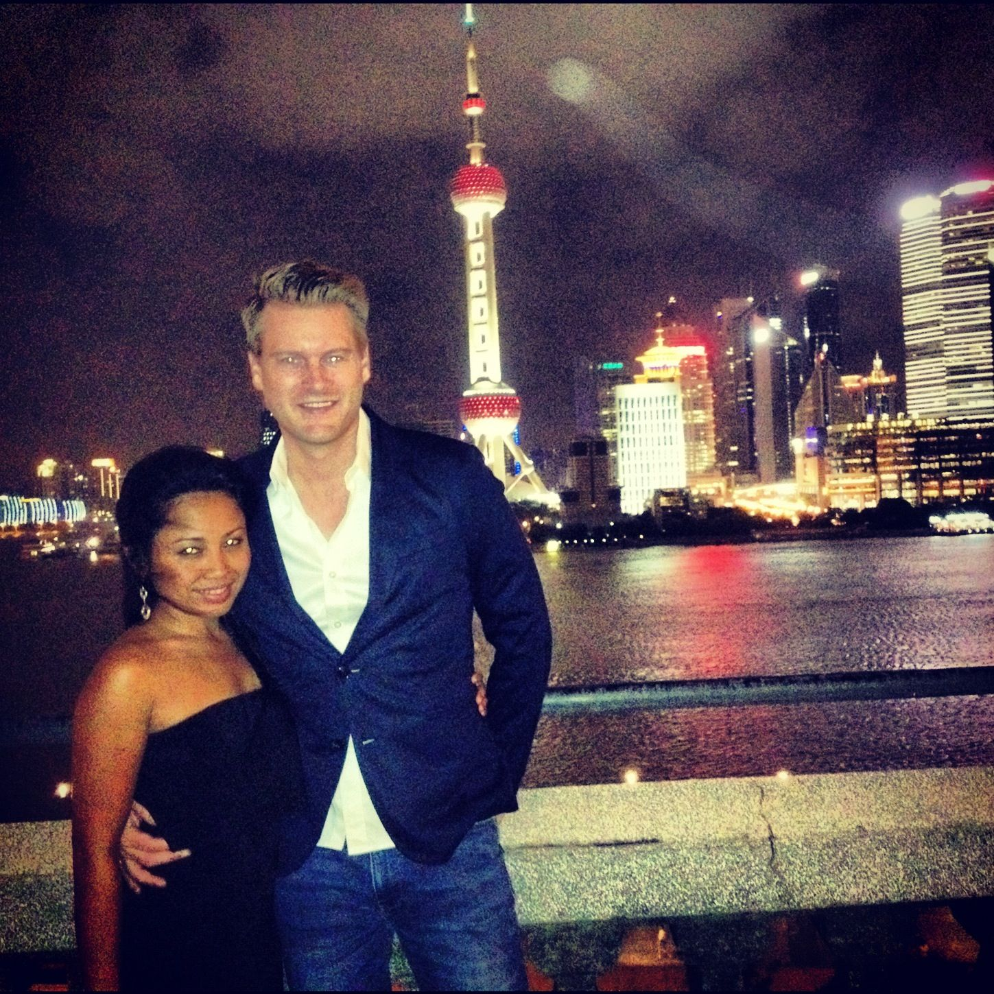 Shanghai bund, can always give romantic feel to every couple x