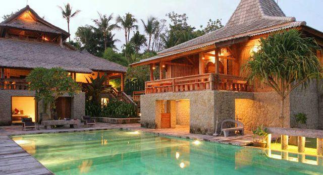 Deus Bali Trip Begins