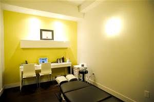 An example of modern chiropractic office interior design | Office ...