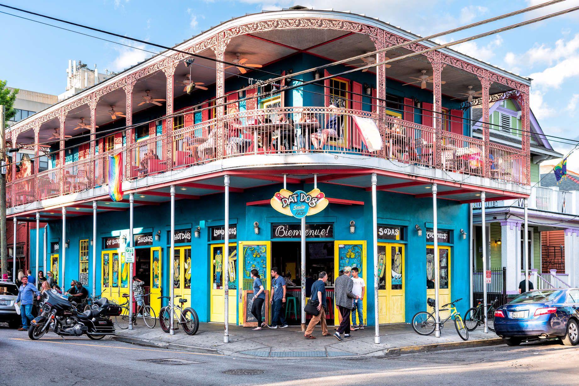 The Best New Orleans Balcony Bars | Balcony bar, New ...