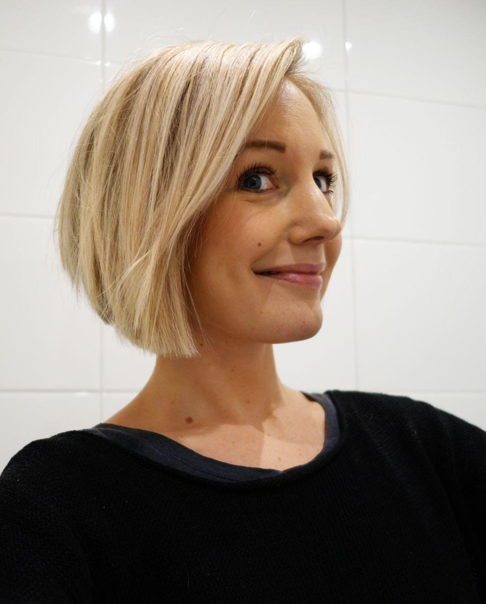 page blond frisyr