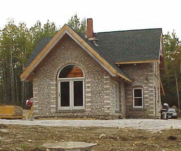 Cordwood castle in maine construction castles and building for Cordwood building plans