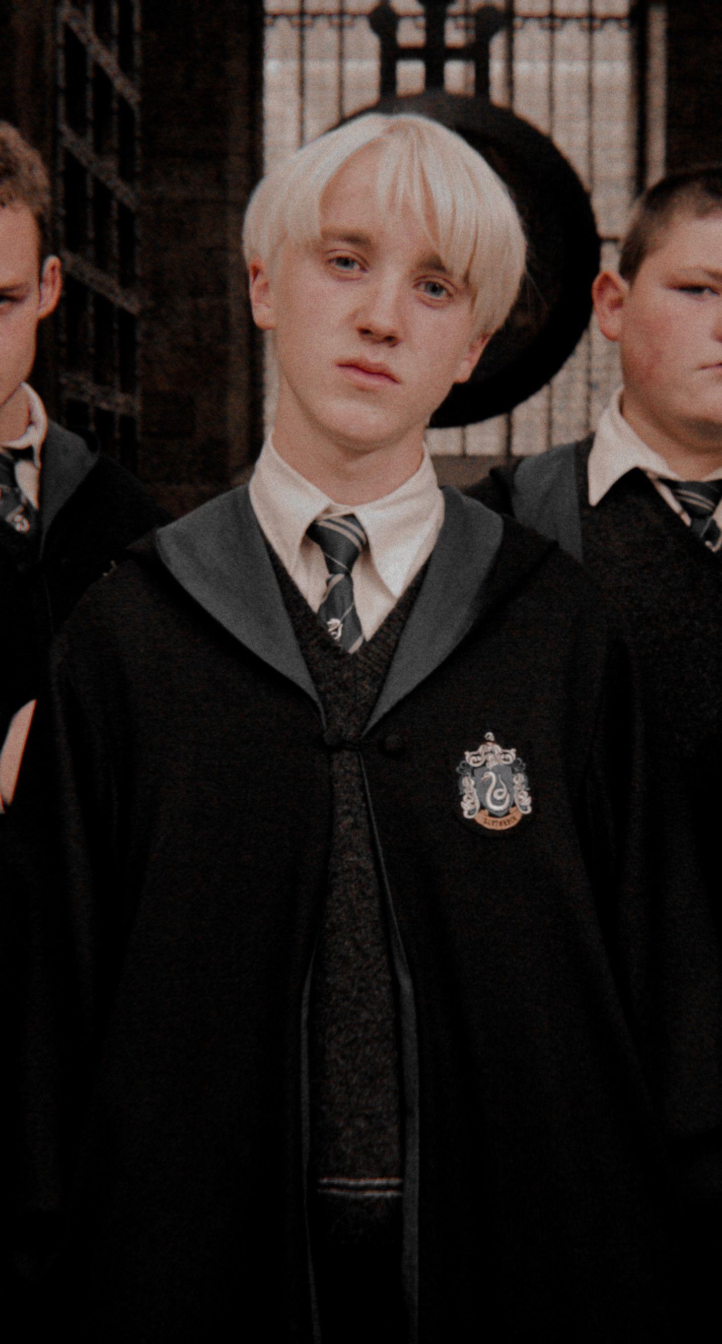 Pin By Ava K On The Chamber Of Secrets Draco Malfoy Harry Potter Draco Malfoy Tom Felton Draco Malfoy