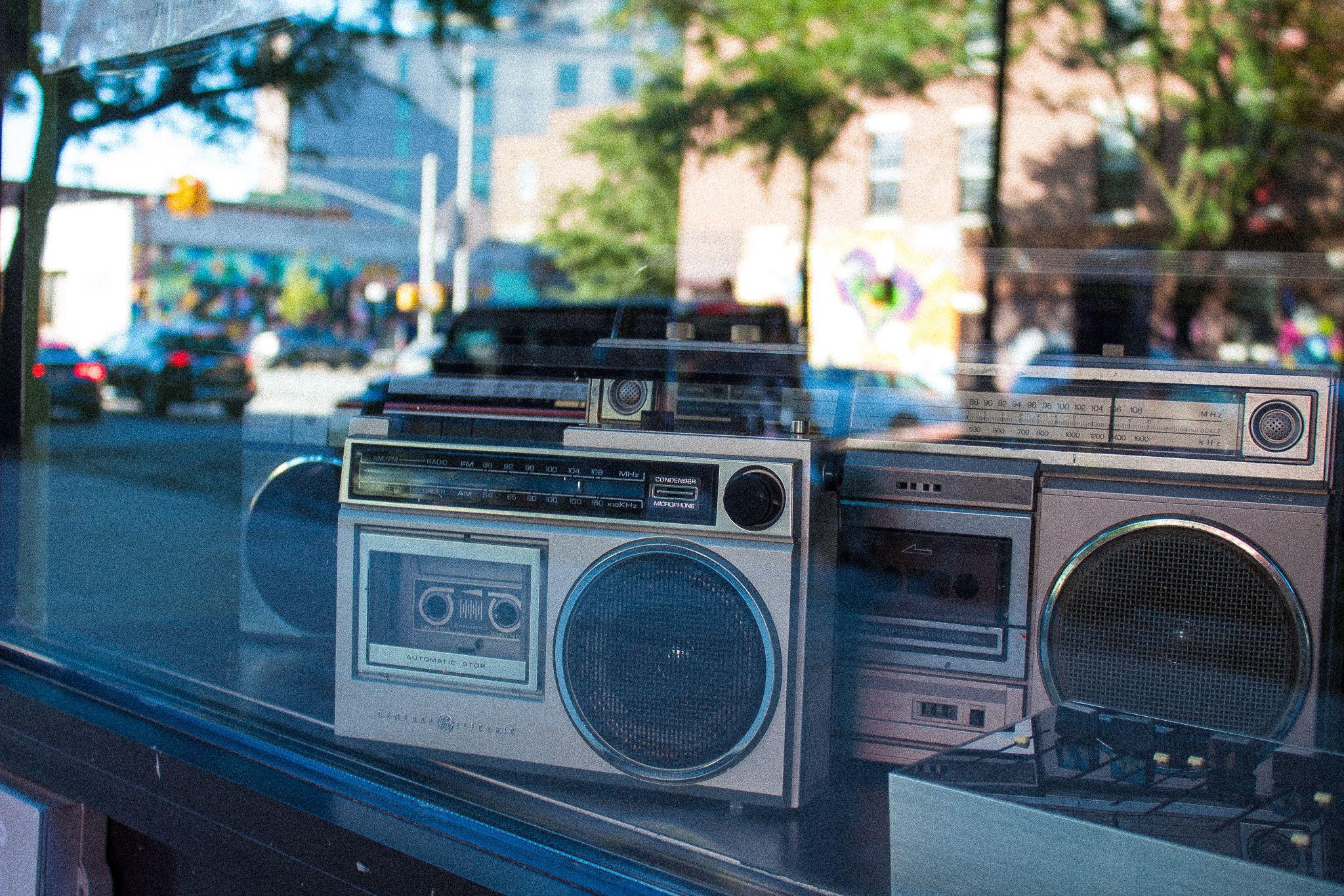 Beatstro Hip Hop Restaurant In The Bronx Bronx Hip Hop Nyc