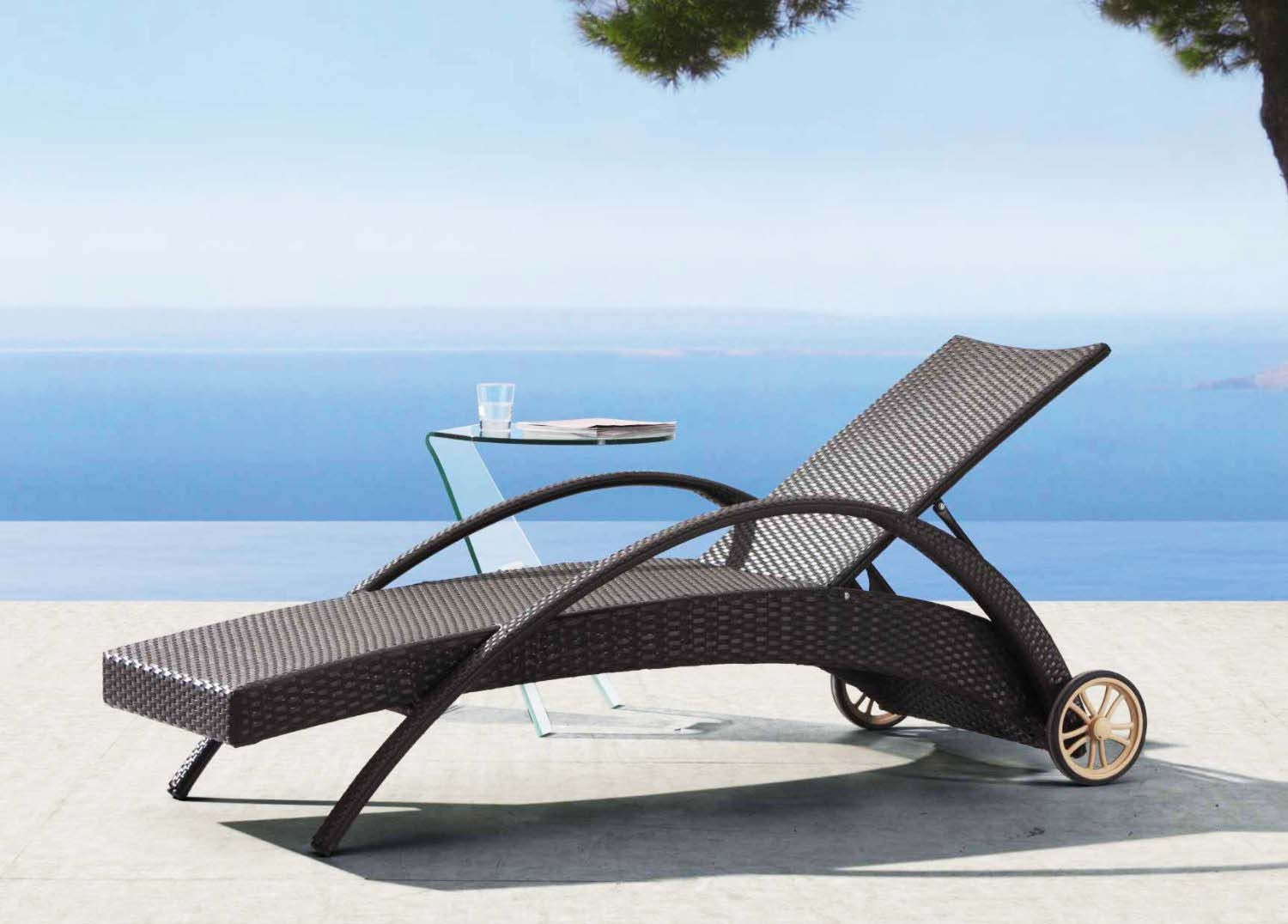 Modern outdoor lounge chair - Furniture Modern Outdoor Lounge Chairs With Wheels Outdoor