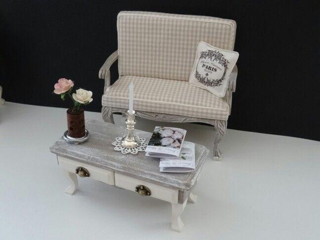Mobili Per La Casa Di Barbie : Dollhouse litlle sofa with table made by jolanda knoop casa