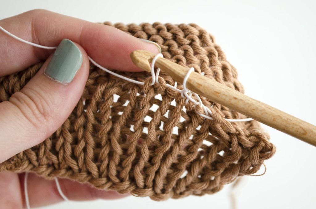 How to put elastic thread into your garments tricot