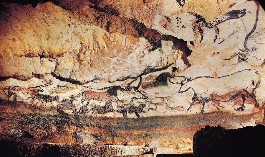 Hall of Bulls, Lascaux Caves